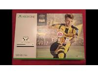 Xbox one S 500gb white with FIFA 17 brand new