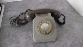 Vintage bt phone it is in two grey will need converting