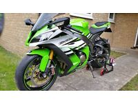 ZX10R FULLY LOADED - OHLINS - BREMBO - BAZZAZ - AKRAPOVIC - TRANSLOGIC AND MORE