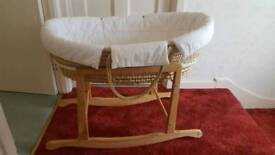 Moses Basket With Natural Rocking Stand