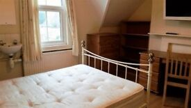 ST CLEMENTS, lovely doube room to let in shared house. Includes ALL bills