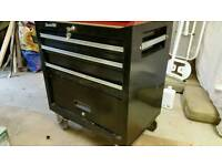 Roll cab tool box