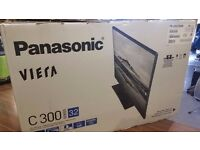 Panasonic TX-32C300B 32 inch HD Ready 720p LED TV with Freeview HD - Black - Collection Only.