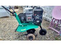 Briggs and Stratton 205cc petrol engine rotavator with forward & reverse gear