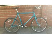 Mans Saracen bike