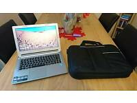 Excellent Condition Lenovo M30 Ultrabook i5, SSHD With New Laptop Bag
