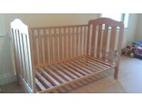 Mamas & Papas Eloise Natural Oak Cot Bed - Excellent Condition