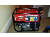 Honda EM2200 generator in alu flight case with 20m power extension cable