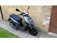 Piaggio Typhoon 125 2015 with helmet learner legal scooter 125cc automatic moped (as aprilia motard