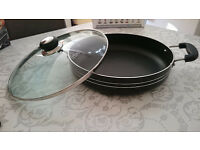 A Brand NEW Black with glass lid cooking pot