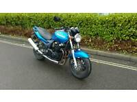 Kawasaki zr7 750cc 2001 mot 11/17 loads history ride away