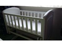 Gliding cot / crib, white, very good condition.