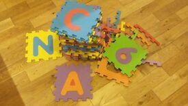 Kids giant jigsaw