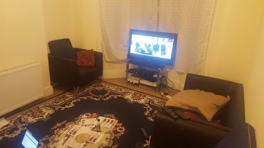 Double bedroom to rent in a House in Goodmayes