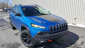 2017 Jeep Cherokee Trailhawk +Cuir, Démarreur, Toit Pano+