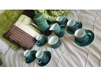 THE MONASTERY RYE CINQUE PORTS 1970s RETRO COFFEE SET GREEN & BLACK COLLECTABLE