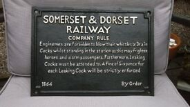 SOMERSET AND DORSET REPRODUCTION BLACK HAND PAINTED HEAVY CAST IRON RAILWAY TRANSPORT SIGN - NEW