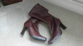 Lovely brown leather boots. Size 5.