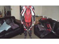 ixs motorcycle 2 piece leathers size medium