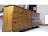 Quality Long chest of drawers