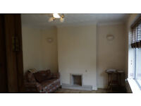 AVAILABLE NOW IDEAL FOR FAMILY,PROFESSIONAL AND STUDENTS. TWO BEDROOM HOUSE