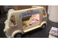 SYLVANIAN FAMILIES Ice Cream Van with accessories - CAN POST