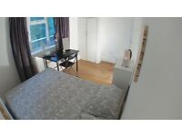 SPACIOUS DOUBLE ROOM VERY CLOSE TO CENTRAL LONDON !! VICTORIA / NORTHERN LINES!