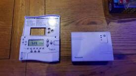 Honeywell cm67ng thermostat and reciever