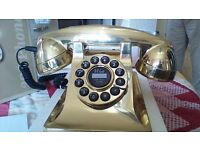 302 gold effect phone new in box