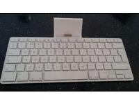 Apple Keyboard + box