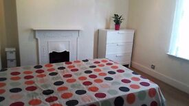 Nice double room to rent in Thronton Heath