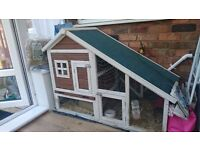Guinea Pig wood house. Fox proof. Also for rabbits or ferrets. Cosmetic damaged corner. To collect.