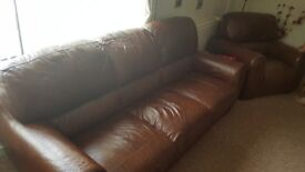 Brown leather 3 seatwr 2 x chairs.