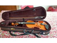 Childs 1/2 size Stentor Violin with case
