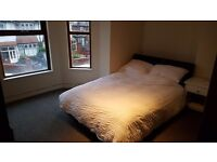 Large Double Room to Let in 3 Bedroom duplex Apartment - Heart of Didsbury