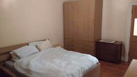 Great DOUBLE Room With NEW WOODEN FLOORS Recently REFURBISHED BATHROOM SHARED GARDEN! NEAR STRATFORD