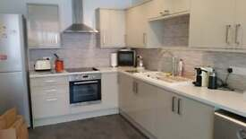 Large two bed apartmsnt