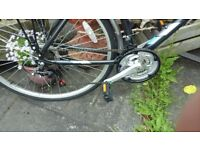 Touring bicycle oakland activ 20 inch frame designed by Raleigh as new unused excellent condition