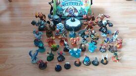 Skylanders figures with original bag ( over 40 figures)