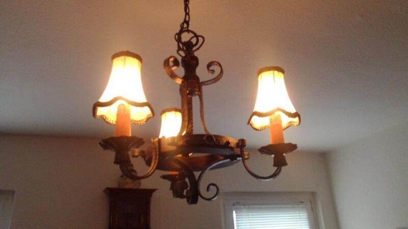 rustikaler leuchter in sachsen anhalt merseburg lampen gebraucht kaufen ebay kleinanzeigen. Black Bedroom Furniture Sets. Home Design Ideas
