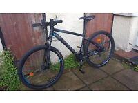"Like New - Btwin Rockrider 520 - 18"" - 27.5"" tyres - Double Discs - Front suspension"