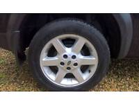 Freelander one 17' wheels with whinter tyers.