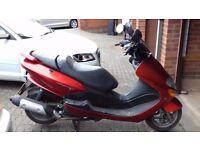 Yamaha majesty YP125 scooter 2003