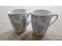 2 x CREAM & BLUE PATTERN MUGS - BRAND NEW