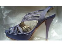 Womens high heel platform satin lavander shoes size 2.5
