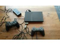 Playstation 2 Slim & 2 Controllers