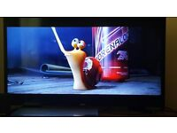 "Samsung UE40J5000AK, 40 "", LED, 1080p HD TV with Freeview - can deliver locally."