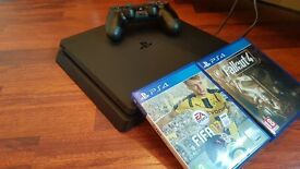 PS4 500GB (brand new) Controller + 2 games