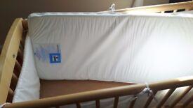 Cradle mothercare + linen