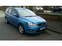 2009 facelift ford focus automatic estate,1.6 petrol engine,low mileage.exmoblitiy car.